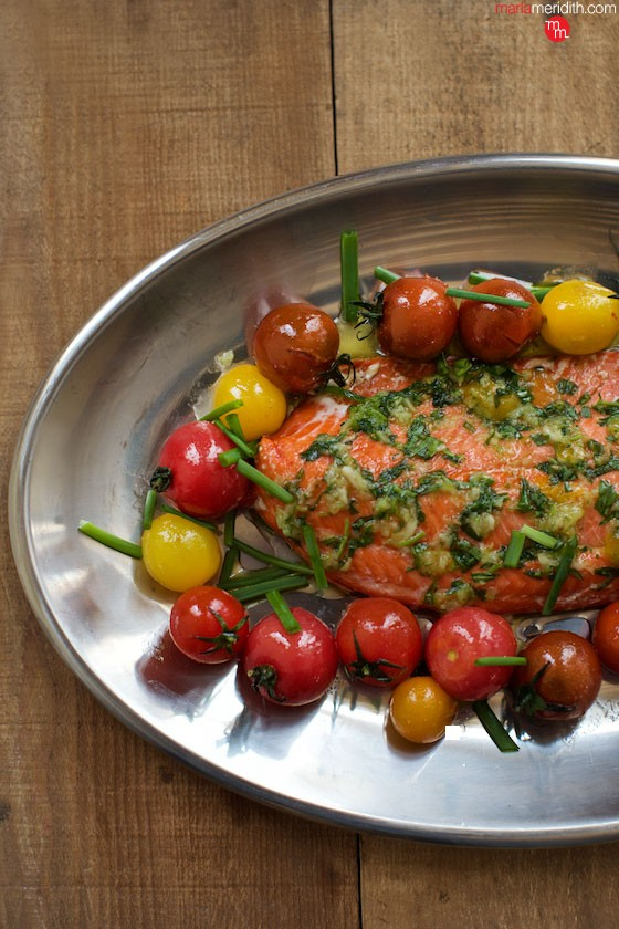 This Salmon with Tarragon Pesto #recipe bright has flavor & perfect for Spring lunches, dinners and entertaining. Enjoy! MarlaMeridith.com ( @marlameridith )